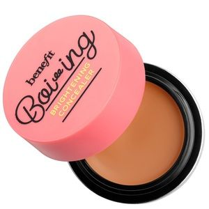 NEW SHADE #4 Benefit Boing industrial concealer